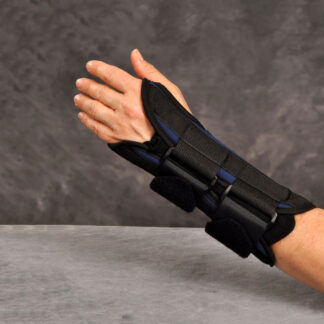 Easy-On Wrist Support with Dual Pull Left Hand
